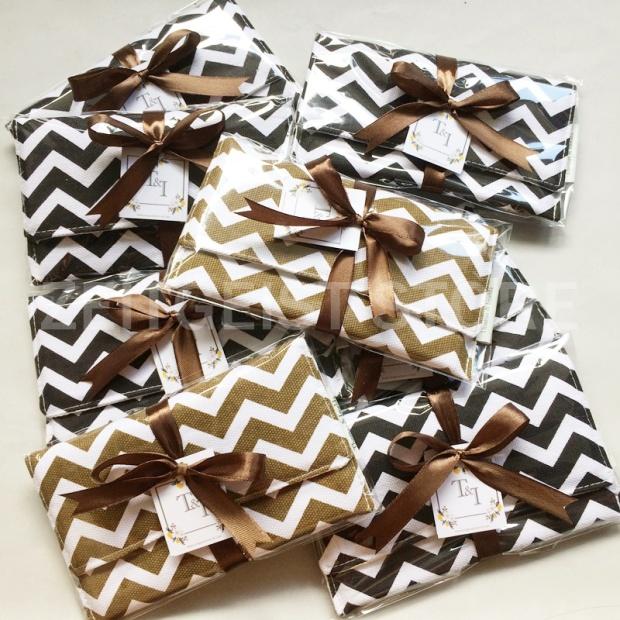 flip pouch souvenir pernikahan, wedding gavors, purse wedding favors, brown ribbon, jogja gifts